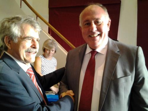 2. Πρόεδρος Επιστημονικής Εταιρείας Δ. Καραμπερόπουλος και ο Δήμαρχος Δ. Νασίκας